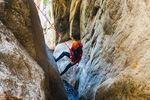 canyoning-securing-first-rappeller